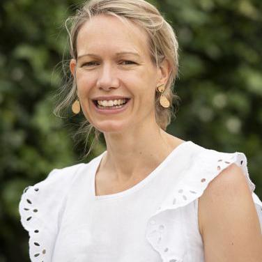 Dr Sally Smith